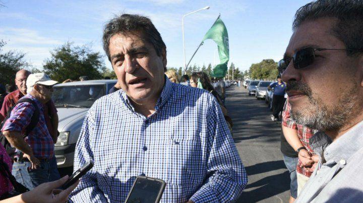 Hugo Godoy (ATE) llevó la solidaridad de los estatales a los trabajadores de Cargill.
