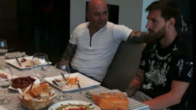 Sampaoli se reunió con Messi y el Kun Agüero en Barcelona