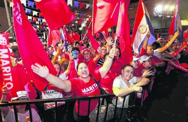 felices. La militancia colorada pudo festejar en Asunción