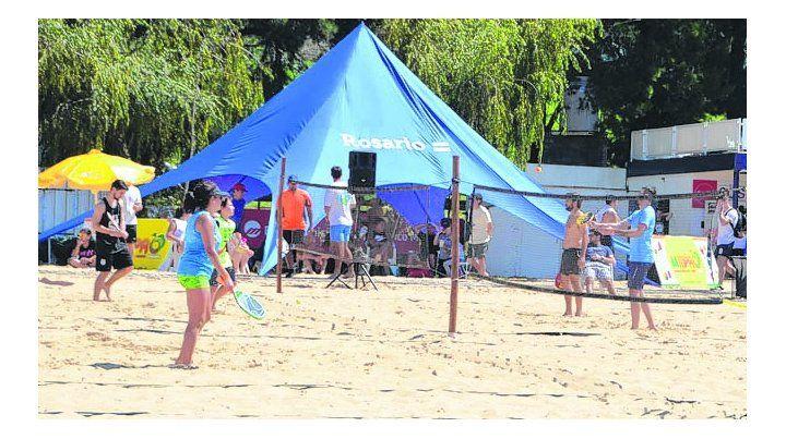 Está okey. El tenis de playa será uno de los deportes del programa de los Juegos.