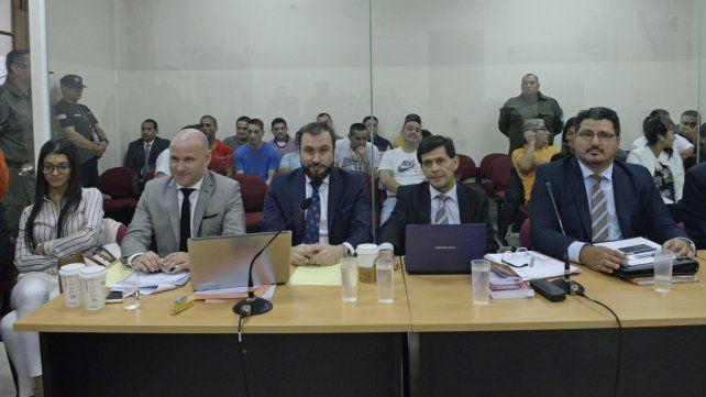 Tribunales federales. Ayer comenzaron los alegatos de las defensas de los 27 acusados en este juicio oral.