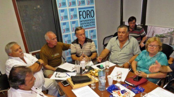 Intendentes del PJ piden retrotraer el valor de las tarifas