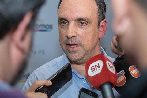 Anuncio. El intendente radical José Corral rescindió un convenio con la EPE.