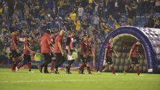 Recambio. El equipo se retira de la Bombonera tras la caída. El técnico deberá rearmar el plantel leproso.