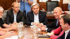 el gobierno provincial pagara un bono a los trabajadores estatales