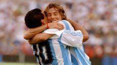 Maradona y Caniggia se funden en un abrazo en el mundial 94.