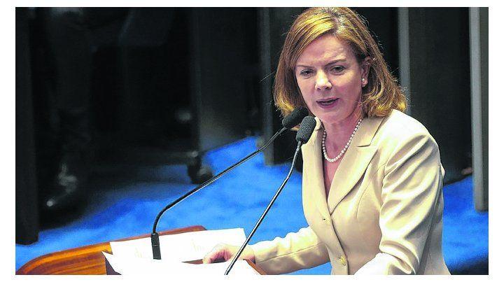 Aval. La presidenta del PT ratificó la candidatura de Lula pese a estar preso.