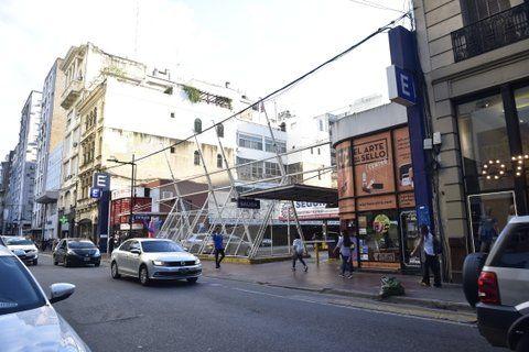 pleno centro. El proyecto se desarrollaría sobre un tradicional estacionamiento céntrico de la ciudad.
