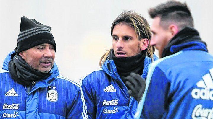 ¿Todo okey? Messi tuvo un enojo en una práctica y Beccacece quedó apuntado. Todo indicaría que llegaría el perdón