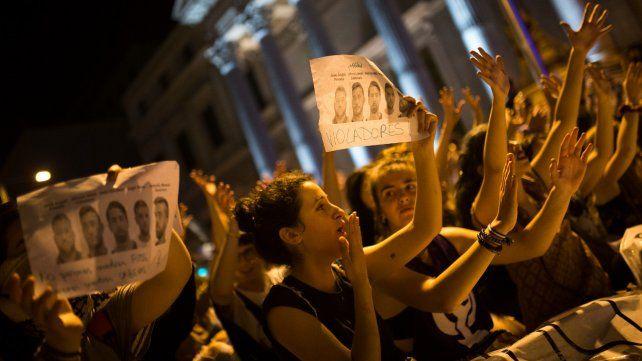 En toda España hubo muestras de indignación tras el fallo contra La Manada.