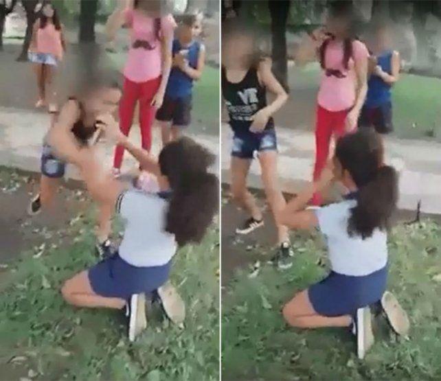 Los videos sobre la agresión circularon por la región. Allí se ve a la chica arrodillada y golpeada.