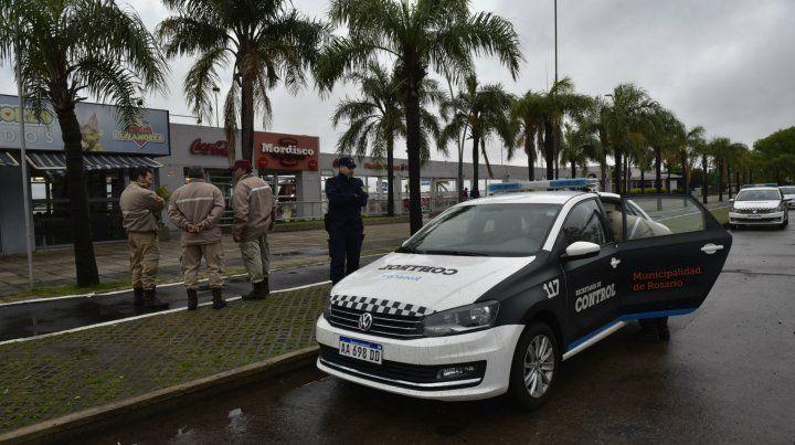 La detección del hurto de energía desató la realización de operativos municipales en la zona norte de la costa rosarina.