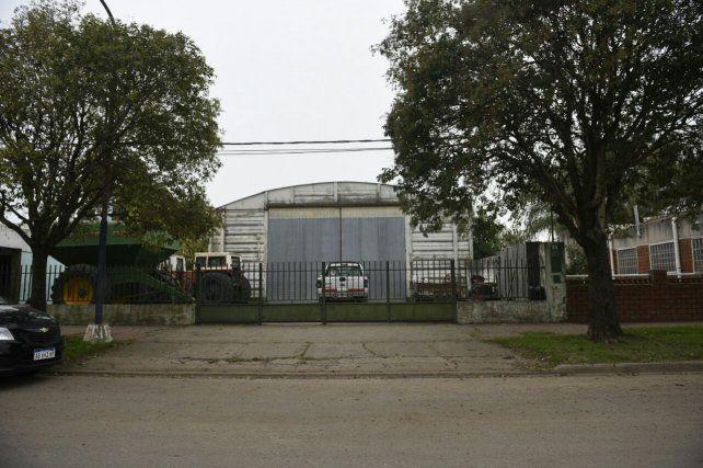 Un hombre murió al caerle encima un silo casero en la localidad de Villa Amelia