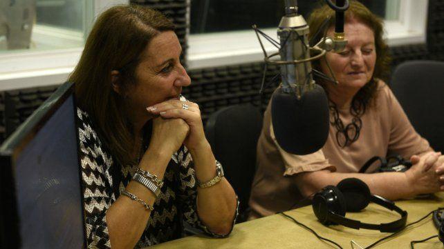 Fein y Mirta Levin, en los estudios de La Ocho, donde abordaron varios temas de la agenda local.