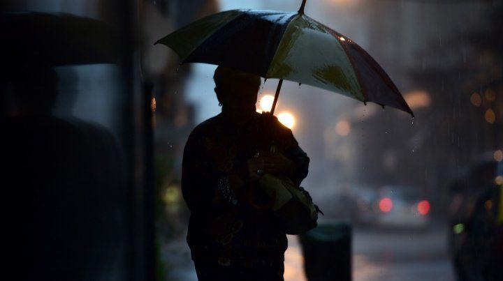 La lluvia se haría presenta durante la jornada de mañana en Rosario.