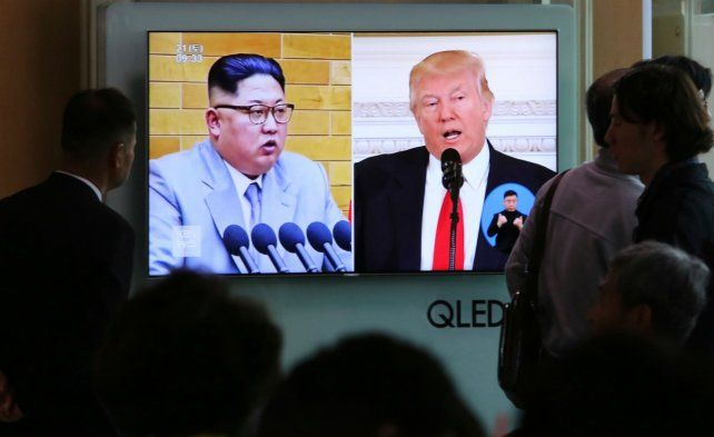 Expectación. Trump planea encontrarse con Kim de aquí a junio en algún lugar a determinar.