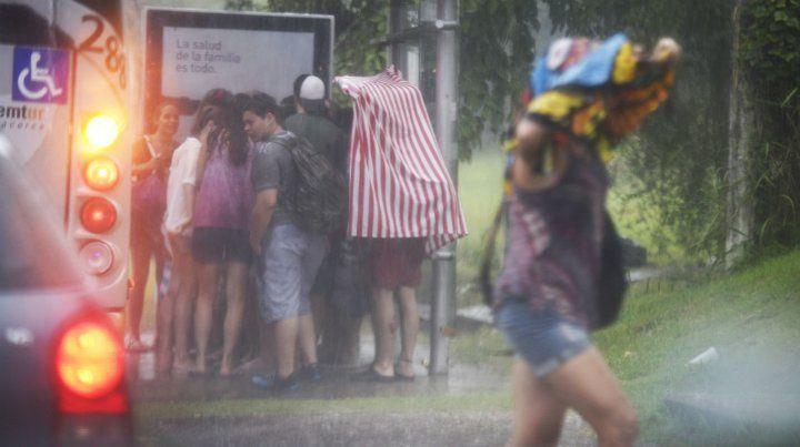 Rosario y el sur de Santa Fe esperan fuertes lluvias