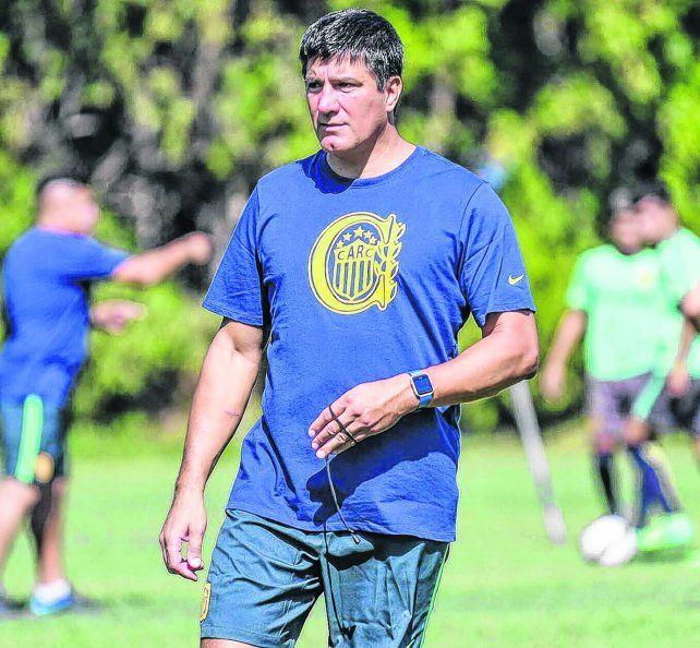 Técnico. José Antonio Chamot ocupará momentáneamente el cargo en la primera