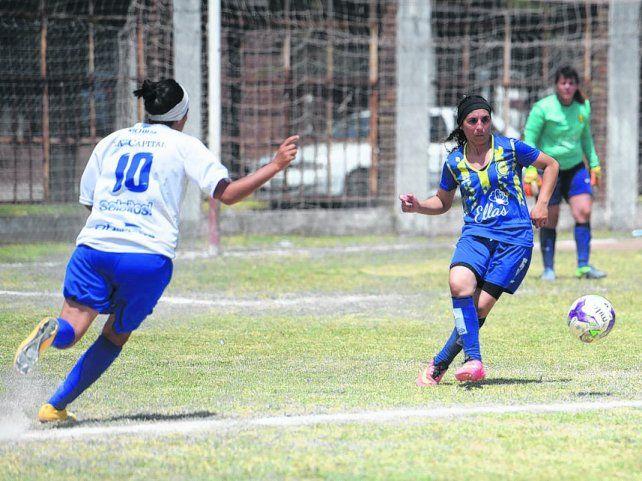 Prestancia canalla. El equipo de fútbol femenino de Central es el último campeón del fútbol local.