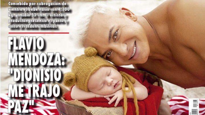 Flavio Mendoza dejó de jugar al misterio y publicó una tierna foto de su hijo