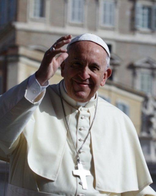 Todos contra el Papa, que intenta cambiar a la Iglesia