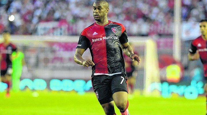 Prepara el regreso. Luis Leal es el goleador rojinegro con siete gritos en lo que va de la Superliga.