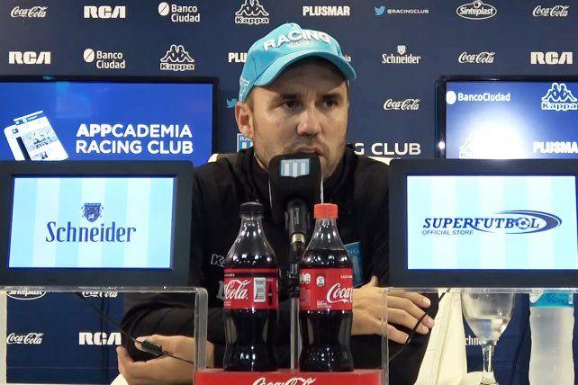 Conferencia de prensa. El Chacho Coudet desmintió el interés de Racing por Marco Ruben.
