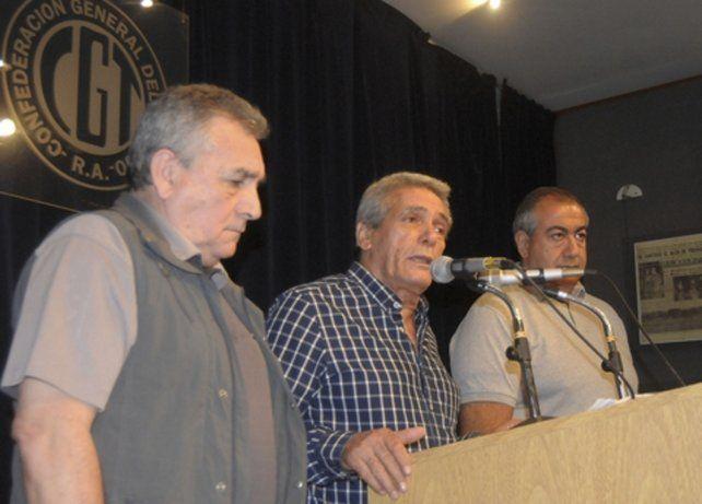 triunviros. Los líderes sindicales buscan mostrar unidad ante la embestida macrista.