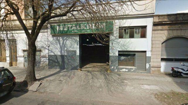 La metalúrgica ubicada en Pasco al 1200 apelará la medida pero las fuentes de trabajo en la empresa peligran.