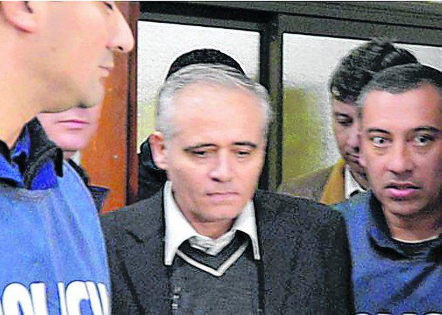 al banquillo. Ilarraz está acusado de abuso y corrupción agravada de menores entre 1985 y 1993.