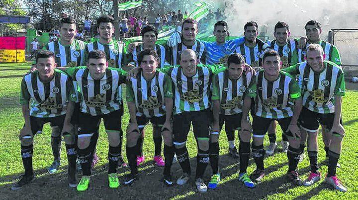 Picó en punta. El club Defensores de Funes dirigido por Marcelo Dell Elce se transformó en la grata sorpresa en la Primera C.