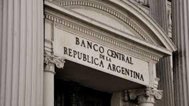 El Banco Central subió la tasa al 40 por ciento para frenar al dólar