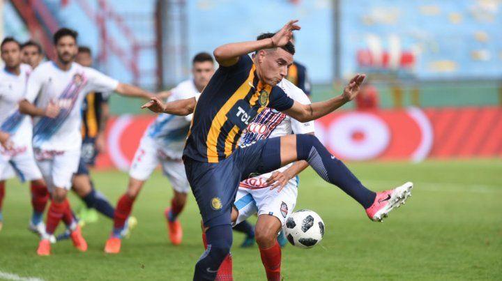Baja. Mauricio Martínez vio la roja y se perderá el último partido de la Superliga.