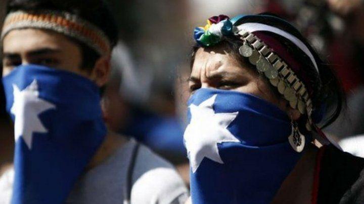 Condenan a tres mapuches en Chile por el crimen de una pareja