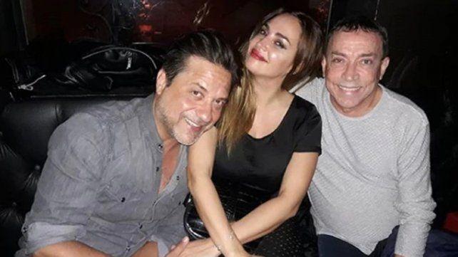 El actor de la La casa de papel con Belén Francese y Aníbal Pachano.