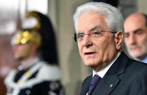 resignado. El presidente Mattarella pidió sin éxito un gobierno neutral.