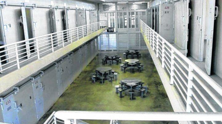 registro. Las cámaras de vigilancia permitieron identificar a quienes entraron en la celda 27 del pabellón 8C.