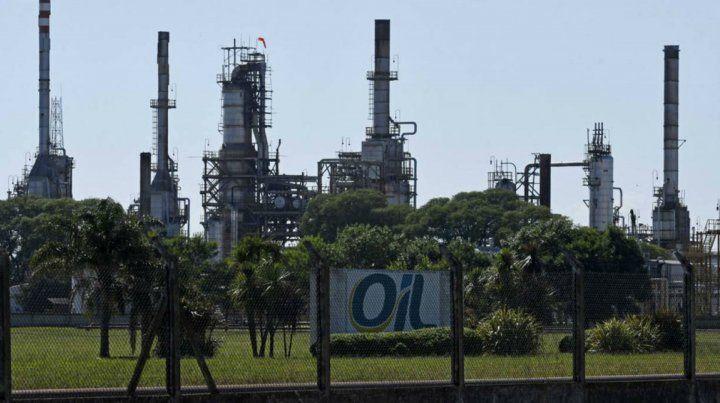Oil: Trafigura se bajó y la refinería iría a la quiebra