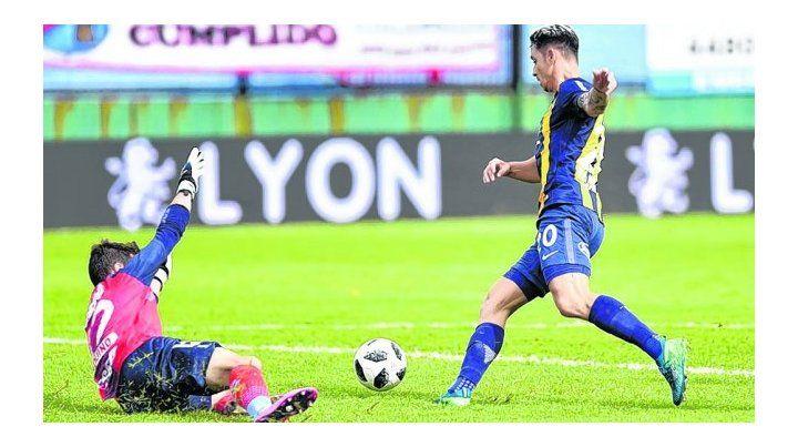 Contra Arsenal. Fernando Zampedri falló luego de llevar más de 30 metros la pelota al pie cuando el partido aún estaba 0 a 0.