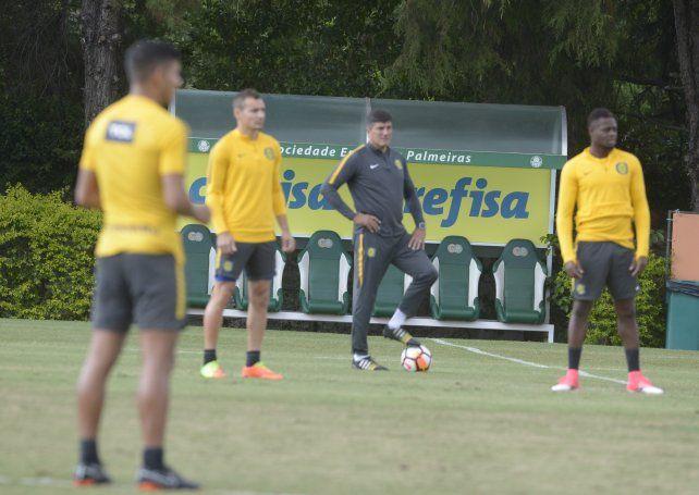 Chamot ya tiene el equipo de Central para jugar con San Pablo