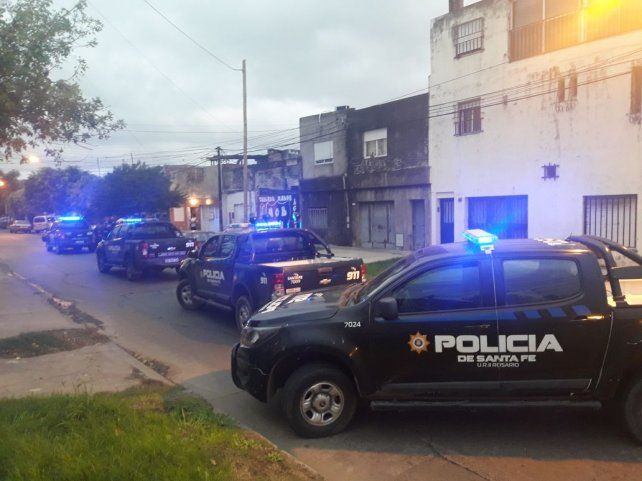 Un muerto y un chico herido grave en otro ataque entre bandas en zona sur