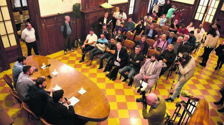 Debate público. La propuesta del gobierno Nacional fue rechazada en el palacio Vasallo.