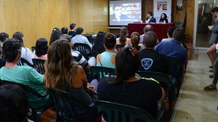 En un sólo día se anotaron 142 aspirantes para adoptar a tres hermanas santafesinas