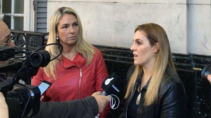 Concejalas denuncian a taxistas de la terminal y llevan pruebas a Fiscalía