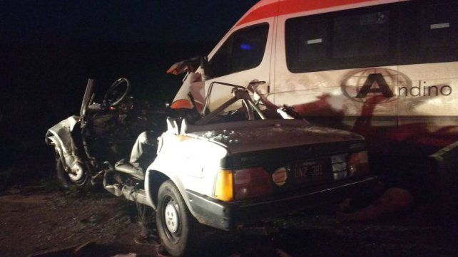 Uno de los vehículos involucrados en el accidente.