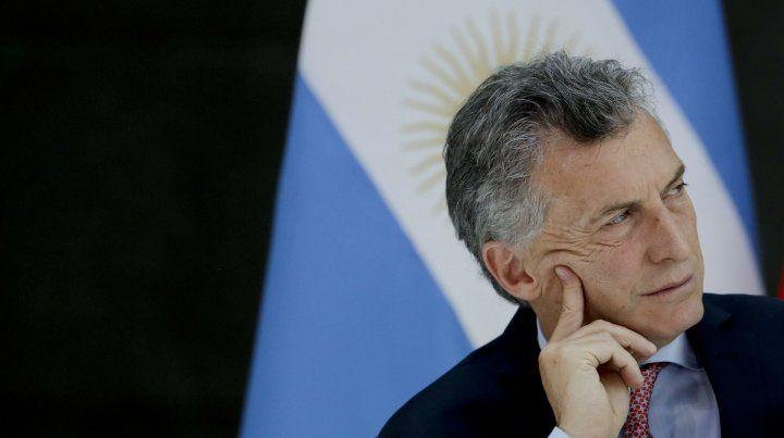 Preocupado. El presidente tuvo que recurrir al Fondo Monetario Internacional.