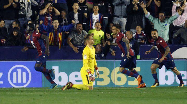 Chau invicto. Levante se impuso por 5-4 en un duelo vibrante frente al campeón Barcelona.