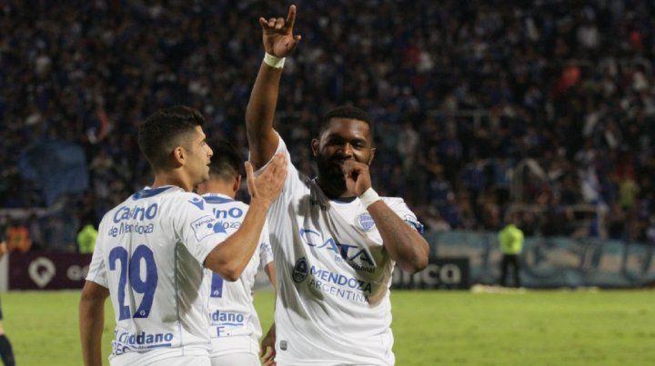 El subcampeón. Godoy Cruz se impuso por 2-0 sobre Tigre y quedó como escolta de la Superliga.