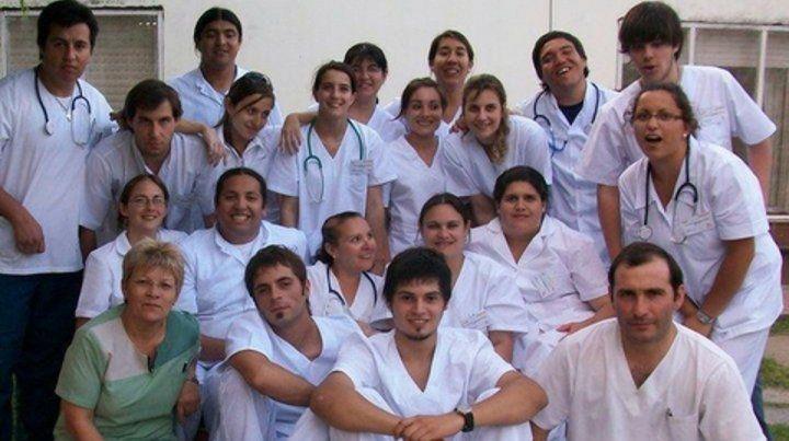 enfermería. Los profesionales de la salud cumplen un rol fundamental en la relación del paciente con el sistema.