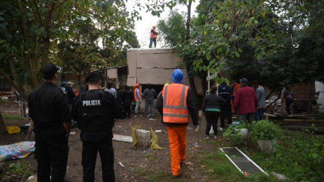Vecinos resisten el traslado en la República de la Sexta